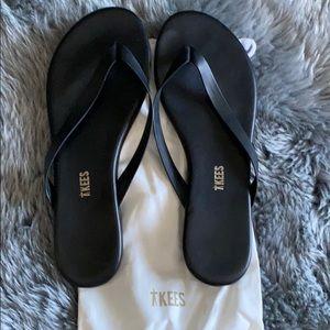 TKEES boyfriend flip flop size 9 (worn once)